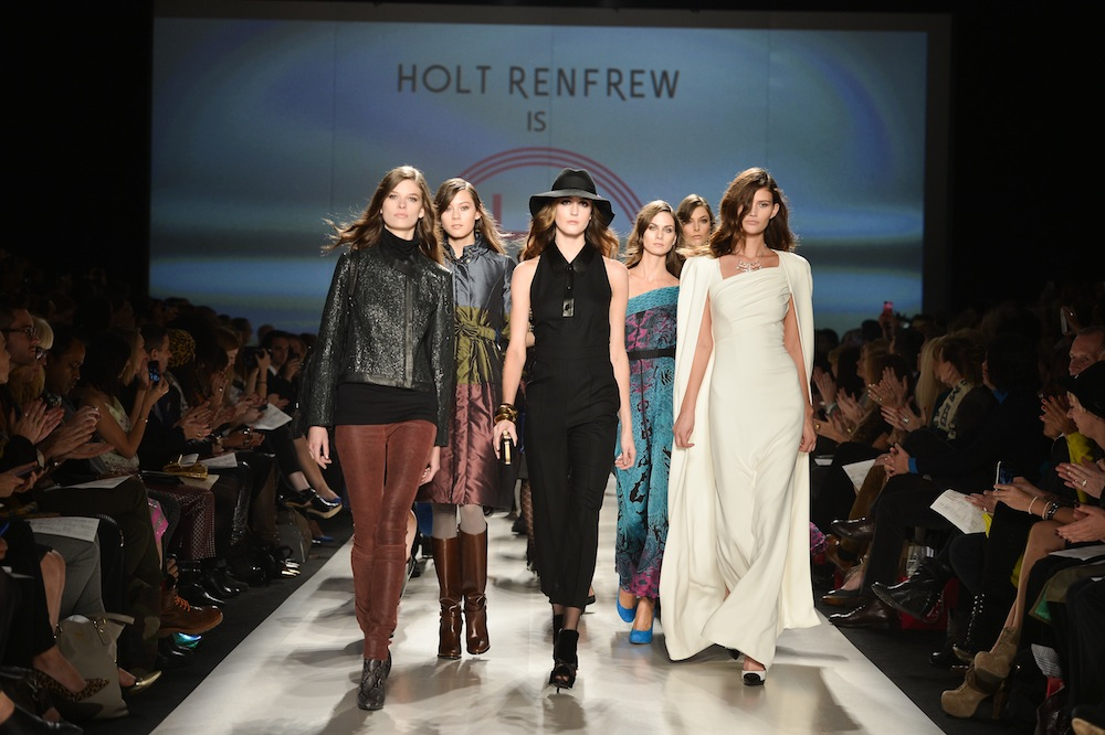 AVAIL LUXURIOUS TORONTO AIRPORT LIMO AND COME TO GET AMAZED WITH TORONTO FASHION WEEK